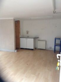 Commercial units to let, small business workshops to rent, Nr Wokingham &Twyford