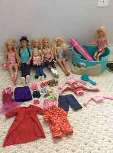 7 Barbies with pool and accessories for sale! Kitchener / Waterloo Kitchener Area image 3