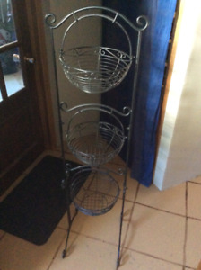 2 steel racks for sale