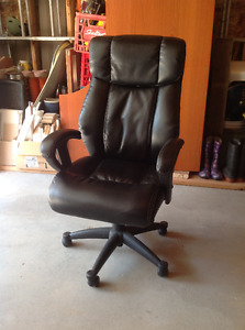 Office swivel leather chair