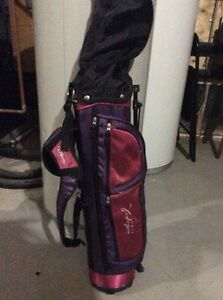 Kids golf clubs/ excellent like new condition