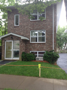 Large, top floor unit with in unit laundry (Dec 1, 15 or Jan 1)