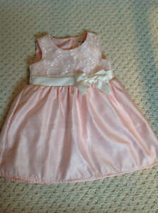 Size 12 months, peach-pink dress