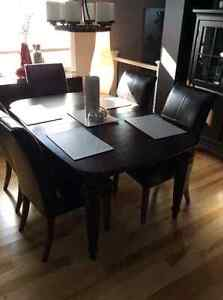 Dining table, 6 chairs, china cabinet (shaker style) Kingston Kingston Area image 3