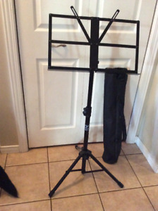 YORKVILLE BS-321 HEAVY DUTY COLLAPSIBLE MUSIC STAND WITH BAG