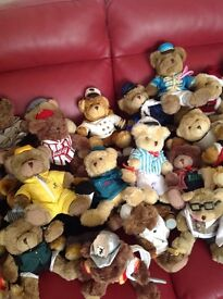 Collectable teddys and books, all in good condition