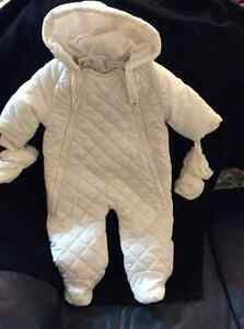 New The Children's Place Quilted  Snowsuit 6/9 months  15-18lbs.
