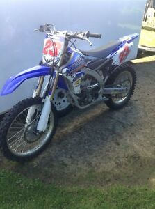 2015 yz250fx aproximatly 12 hours on it