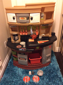 Large Step 2 play Kitchen and accessories w