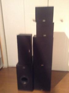 5 speakers rca et sub woofer