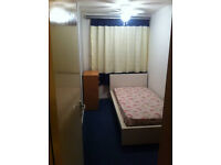 Single room to rent near middlesex uni, colindale , pakistani indian professional student