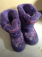 Size 7 girls cougar winter boots
