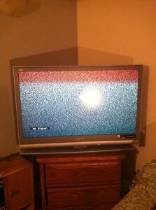"42"" Sony Wega TV"