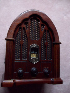 AM/FM Vintage Replica of a 1932 GE Cathedral Style Radio