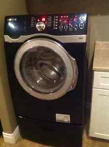 Samsung Washer and Pedestal (2009) - AS IS