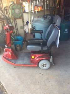 3 wheeled electric scooter