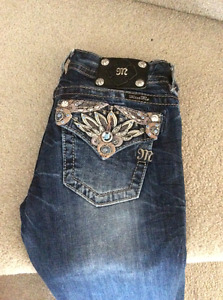 **REDUCED** MISS ME JEANS - SIZE 26 SKINNY LEG