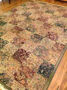 Pure Wool Rug with matching Runner