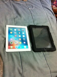 Perfect size for movies & games -IPad 2 16GB-Wifi & Dual Camera