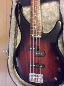 Yamaha bass guitar with hard case