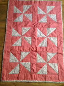 Homemade Floral Triangles Quilt! Great baby gift!