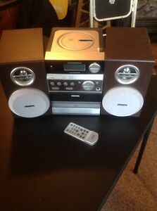 Stereo cd tape player