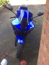 Yamaha yzf r6 £3.000 ono