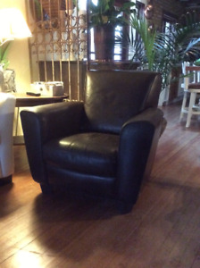 Natuzzi Italia Club chair