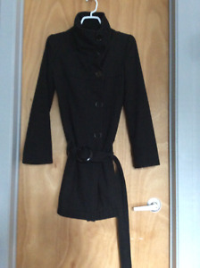 Urban Outfitters fitted black coat - XS