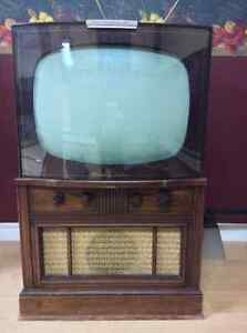 1952 Stromberg Carlson TV Good to Very Good Condition!!