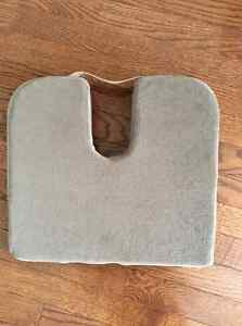 Tailbone Support Pillow