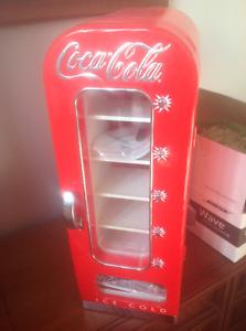 Coca Cola Retro Vending Fridge thermoelectric cooler Vintage