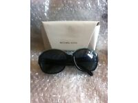 VERY STYLISH SUNGLASSES EXCELLANT CONDITION