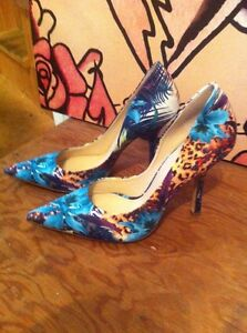 Guess shoes 10