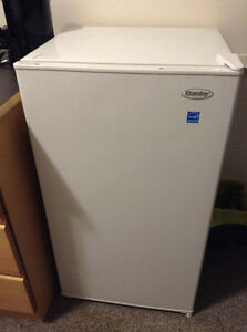 3.3 cu/ft Danby Mini Fridge (with freezer)