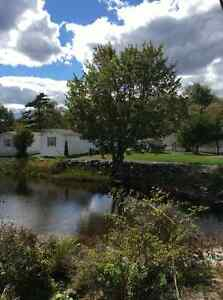 Fall River Maple Leaf 2 BR Mini HOME Lake Thomas October