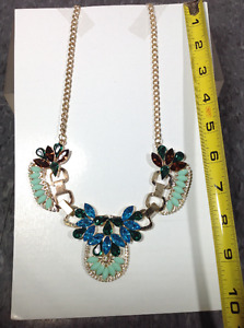 Fashion necklaces - BRAND NEW - box BB