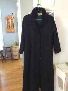 Manteau de laine noir