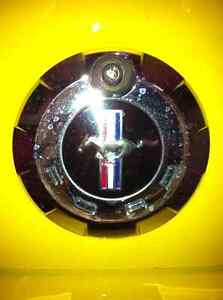 Ford Mustang - TRUNK SURROUND AND EMBLEM (ORIGINAL) Windsor Region Ontario image 1