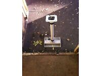 Projector ceiling mounts x4
