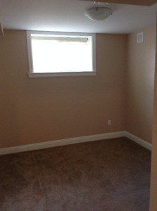 $875 1 Bedroom newer house bsmt suite in central Abbotsford