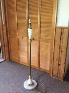 Floor lamp with marble base. West Island Greater Montréal image 1