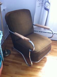 Chaise rétro chromé et tissus