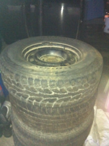 (4) 265/70/R17 Ram 1500 winter tires and rims