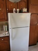 Fridge for sale no delivery.