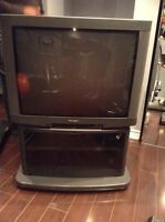 27' Classic Panasonic colour TV with stand