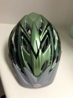 Casque de vélo Bell/ bicycle helmet