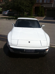 Porsche 944 - Collectors Item/Classic Car