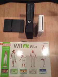 COMME NEUF !!! CONSOLE PLAYSTATION.2, XBOX 360, WII AVEC WII FIT