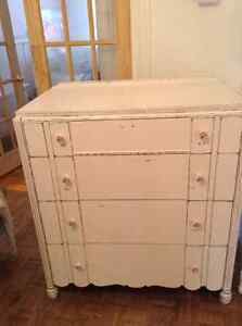 Commode antique shabby chic